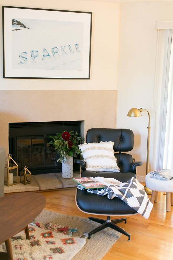 Rove-Lounge-Chair-on-Glitter-Guide