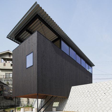 House-in-Miyake-by-Yoshio-Ohno-Architects_dezeen_SQ02