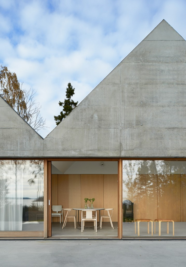 Tham-and-Videgard-Arkitekter-Summerhouse-Lagno-Yellowtrace-01