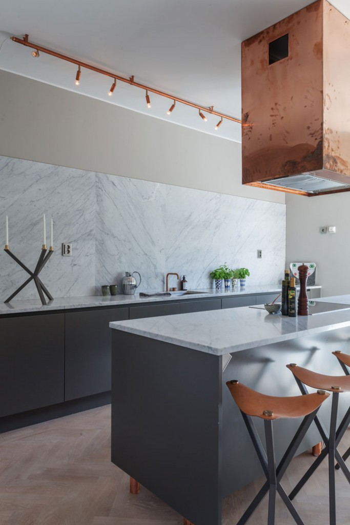Grey-Apartment-with-Copper-Accents-04 - nordic design