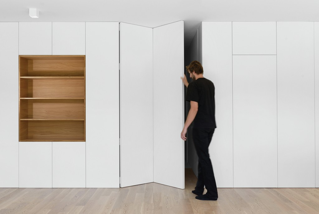 Folding Wall Apt 1